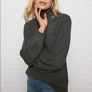 DON'T ASK WHY SLOUCHY TURTLENECK SWEATER -